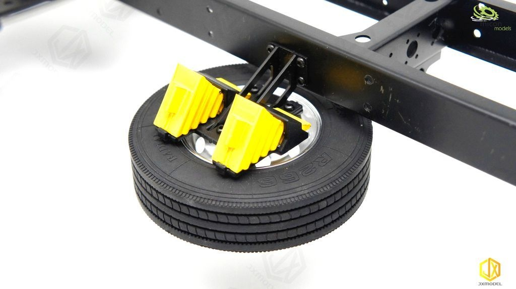 1:14 spare wheel holder with standard tires and brake shoes