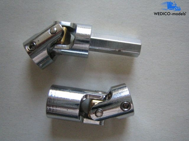 Cardan joint set 2 to connect both
